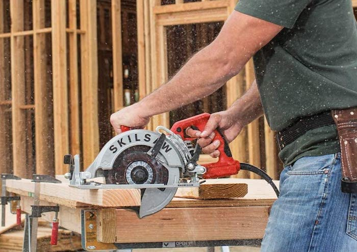 Best Worm Drive Circular Saw with Track