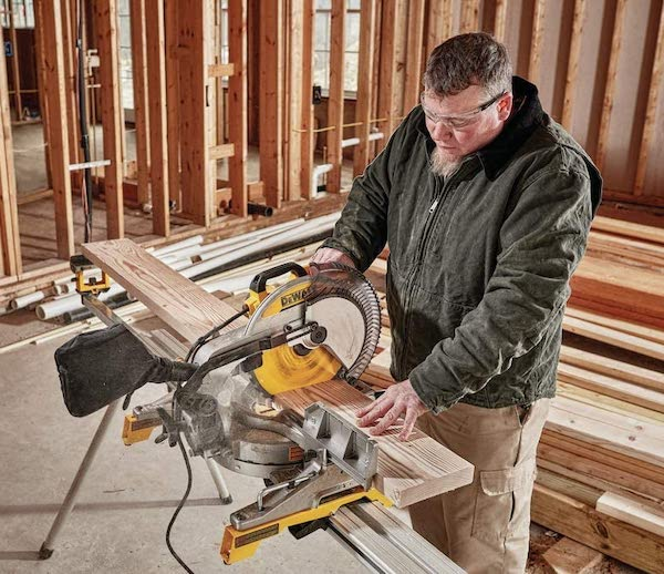How to Use a Miter Saw Guide